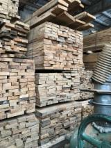 Sawn and Structural Timber - Oak lumber plank boards