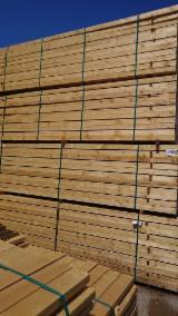 Nadelschnittholz, Besäumtes Holz Fichte Picea Abies  - Kanthölzer, Fichte  , PEFC