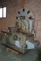 Maschinen, Werkzeug Und Chemikalien - Gebraucht Dolodene 1988 Vertikalsägemaschinen Zum Plattenzuschnitt / -formatschnitt Zu Verkaufen Schweden