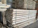 Offers Latvia - Freshly Sawn Oak beams