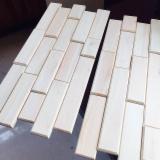 Laubschnittholz, Besäumtes Holz, Hobelware  Zu Verkaufen - Parkettfriese, Sägefurnier, Ulme