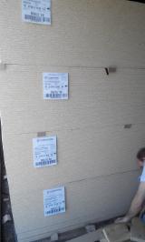 Bielorrusia - Fordaq Online mercado - Venta Panel De Partículas - Aglomerado 16;  18 mm Cepillado Y Acabado
