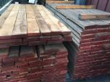 Hardwood Lumber And Sawn Timber - European Red Oak Edged Timber, Rustic And First Choice