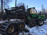 Forstmaschinen Forwarder - Gebraucht John Deere 1510E IT4 2014 Forwarder Lettland