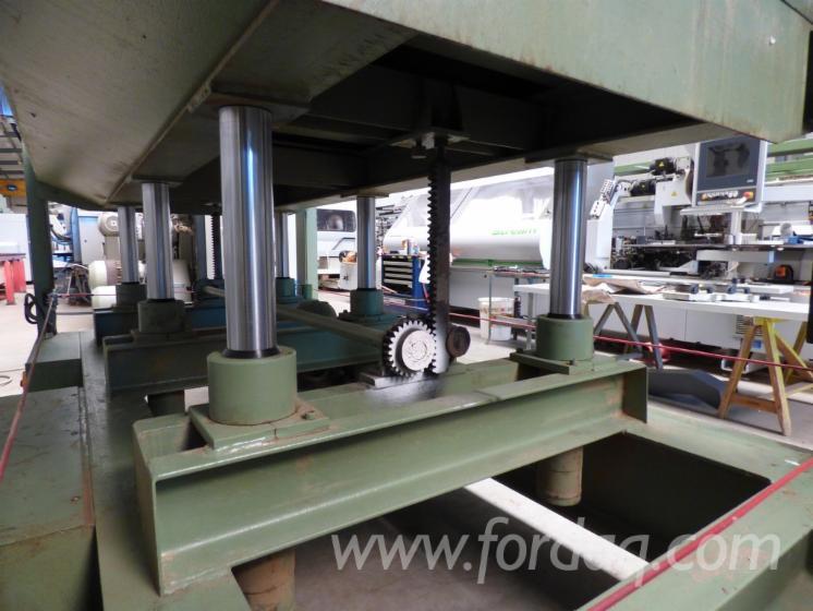 Gebraucht-ITALPRESS-S6C-Handbeschickte-Furnierpresse-F%C3%BCr-Ebene-Fl%C3%A4chen-Zu-Verkaufen