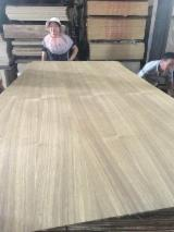 Natural teak plywood with poplar core and hardwood core for grade A