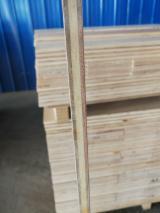 Laminate Flooring - Bleached white Poplar plywood