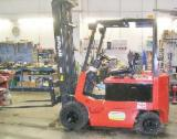 Used < 2010 Forklift For Sale Italy