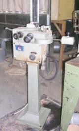 Gebruikt < 2010 Sharpening Machine En Venta Italië