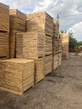 Oferte Lituania - Cherestea pentru paleți Pin Rosu, Molid Verde De Vanzare in Lithuania,Belarus