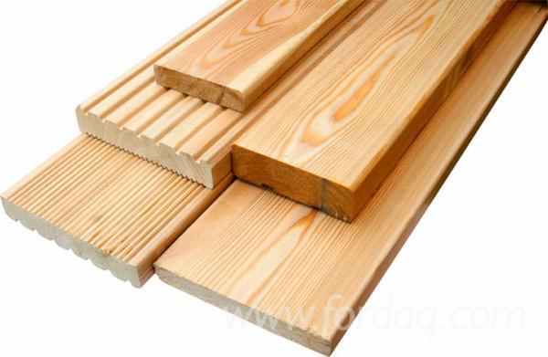 Les bois de sciage et les bois rabotés