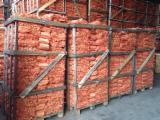 Brandhout - Resthout Brandhout Houtblokken Gekloofd - Grijze Els, Berken, Eik Brandhout/Houtblokken Gekloofd