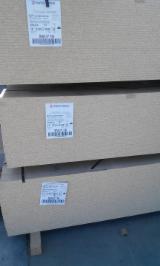 Holzwerkstoffen Zu Verkaufen - 8; 10; 12; 16; 18; 22; 25; 28; 32; 38 mm FSC Gehobelt Und Geschliffen Spanplatten Weißrussland zu Verkaufen