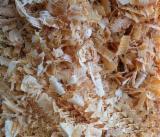 薪材、木质颗粒及木废料 木材刨花 - 木芯片 – 树皮 – 锯切 – 锯屑 – 刨削 木材刨花 苏格兰松