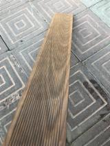Kupiti Ili Prodati  Podovi Od Punog Drveta S4S Lamele - Bijeli Jasen, Termički Obrađeno, Podovi Od Punog Drveta S4S Lamele