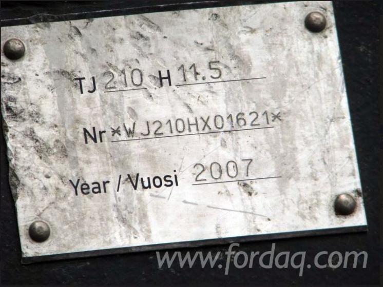 Çeneli Tutucu Makinesi (vinvi) John Deere 1270D Kullanılmış 2007 Polonya