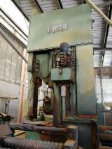 Woodworking Machinery - Used Primultini 1300 SGB CED Log Band Saw Vertical, 1990