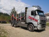 Camioane Transport Busteni Lungi - VOLVO Transport Forestier Lemn Bustean Macara EPSILON
