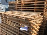 Pallets En Verpakkings Hout - Spar , Den - Grenenhout, Gewone Spar - Vurenhout, 1-2 vrachtwagenlading per maand