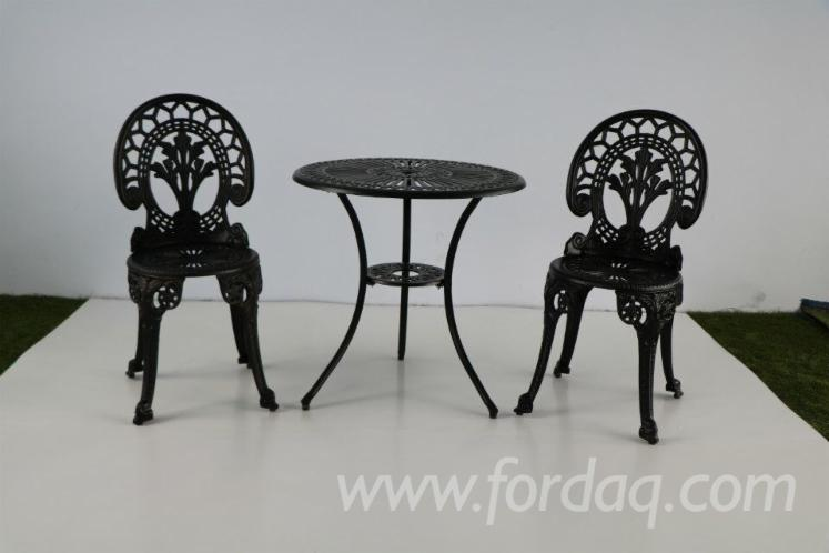Cast-Aluminum-Outdoor-Furniture