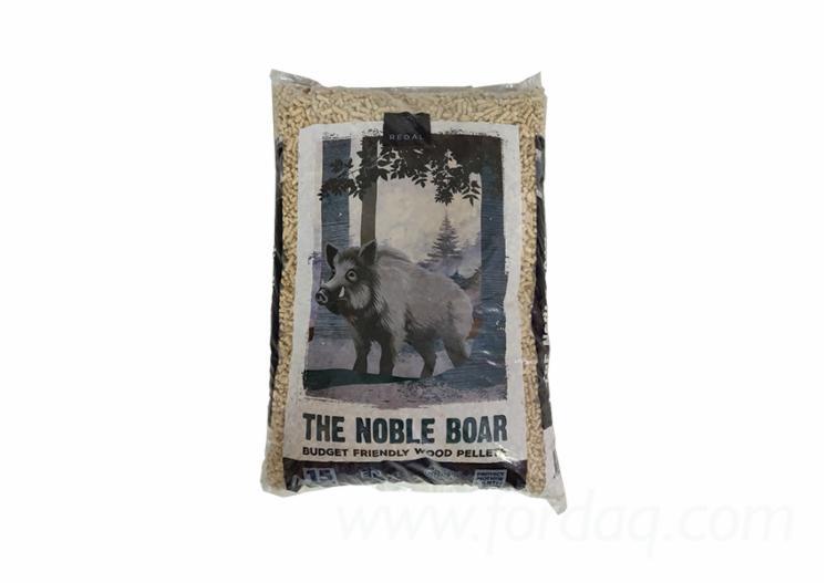 """""""THE NOBLE BOAR"""" WOOD PELLETS"""