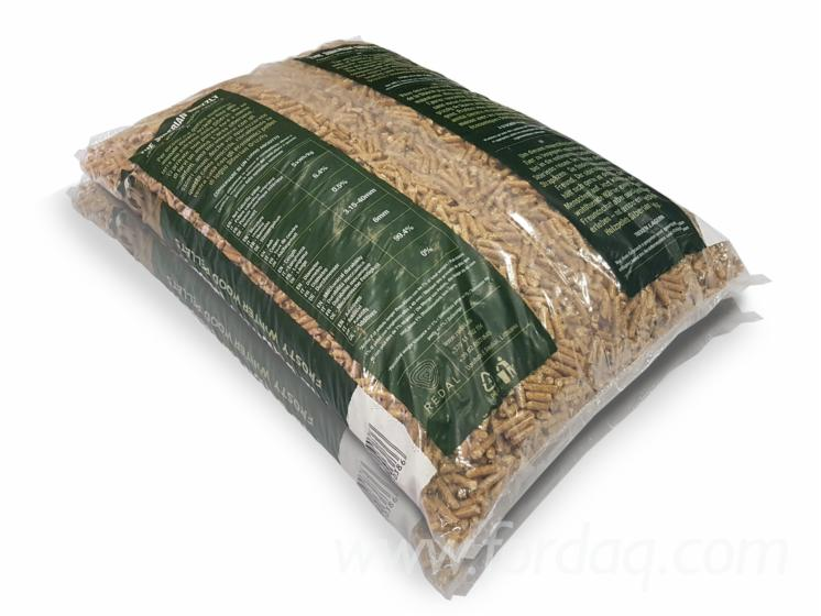 """""""THE SIBERIAN GRIZZLY"""" WOOD PELLETS"""