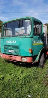 Short Log Truck - Used Saviem 2000 Short Log Truck Romania