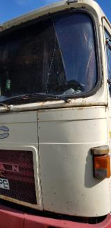 null - Kamion Za Prevoz Kraćih Stabala Saviem Polovna 2000 Rumunija