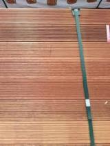 Vloeren Planken En Buitenvloeren Terrasplanken Oceanië  - Bangkirai , Kapur, Merbau, Antislip Vloerplanken ( 1 Kant)