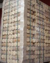 供应 乌克兰 - 木质颗粒 – 煤砖 – 木碳 木砖 榉木, 桦木, 橡木