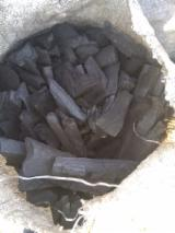 Energie- Und Feuerholz - Buche, Eiche Holzkohle