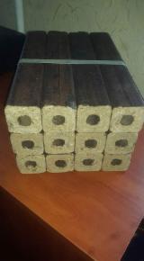 Energie- und Feuerholz - Apfelbaum Holzbriketts