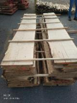 Spain - Fordaq Online market - Unedged Oak Boards