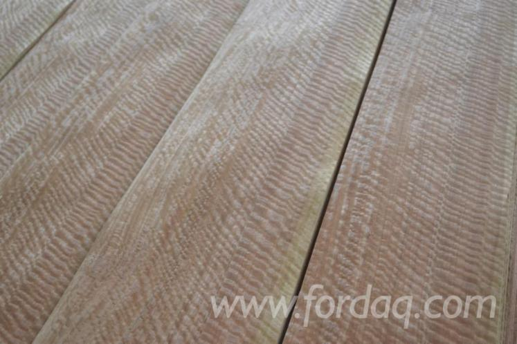 Eucalyptus-Riegel-Veneer-from