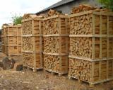 薪材、木质颗粒及木废料 - 劈切薪材 – 未劈切 碳材/开裂原木 桦木, 常见黑色阿尔德木