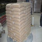 Firewood, Pellets And Residues Air Dried 12 Months - Wood pellet A1 Royal, Din plus one