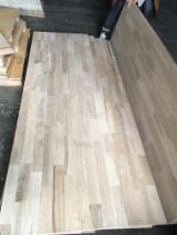 Trouvez tous les produits bois sur Fordaq - WOOD BRIDGE GROUP LIMITED - Vend Panneau Massif 1 Pli Chêne 18 mm