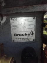 Forstmaschinen - Valmet 911.1 Harvester mit Bracke 1.6 B Energieholzaggregat