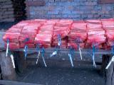 Leña, Pellets Y Residuos En Venta - Venta Encender Pino Silvestre - Madera Roja Wintsa Ucrania
