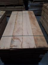 Find best timber supplies on Fordaq - The Rollé Group - Square Edged Oak Boards