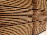 Hardwood  Sawn Timber - Lumber - Planed Timber Steamed < 24 Hours - Steamed Beech lumber