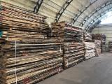 Sawn and Structural Timber - Unedged Oak KD 27-50 mm