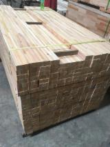 Offers Indonesia - Rubber wood finger-jointed panels.