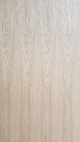 木皮供应网络 - 批发硬木木皮和热带木木皮 - 中国东北梣树, 旋切,华纹