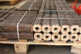 Lemn de foc, brichete/peleţi, deşeuri lemnoase - Vand Brichete Lemn Pin Rosu ENplus