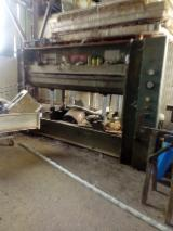 Italpresse Woodworking Machinery - Used ITALPRESSE 2500X1300 1990-1999 Fiber Or Particle Board Presses For Sale Italy