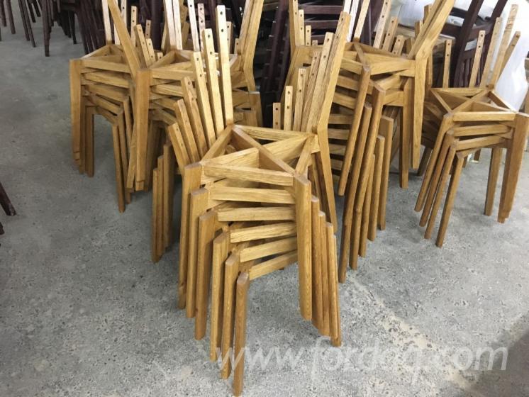 Стільці Для Їдалень, Традиційний