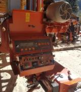 Wood-Mizer Woodworking Machinery - Used Wood-Mizer 2012 Log Band Saw Horizontal For Sale Romania