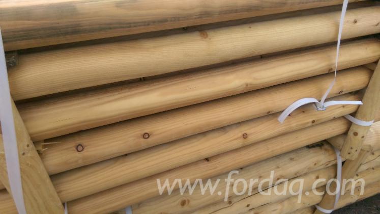 Vender Madeira Redonda De Formato Cónico Larix Polônia
