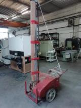 Finden Sie Holzlieferanten auf Fordaq - Baldin srl - Gebraucht LANDONI AGM 1990 Stationäre Kettensäge Zu Verkaufen Italien